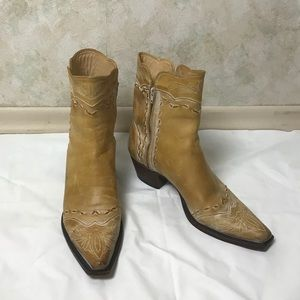 Charlie Horse women's leather boots. Size: 8.5